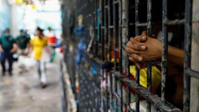 varones cárceles violencia